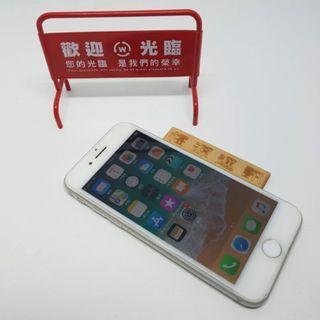 APPLE IPHONE 8 64g 銀