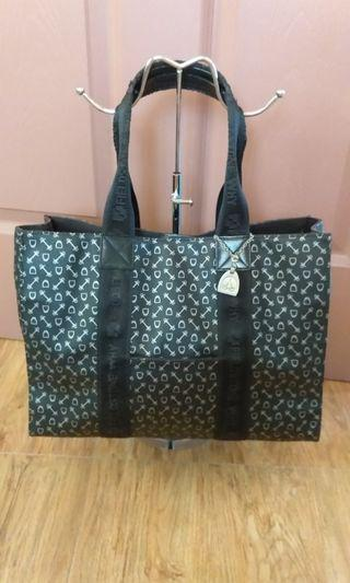 Why brand tote bag