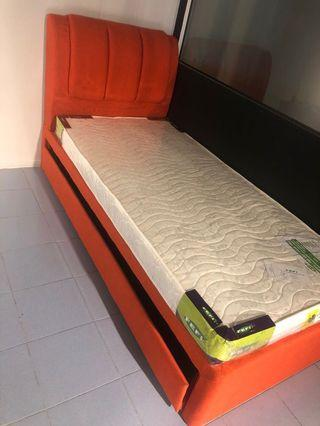 3ft bed c/w 3ft pull out