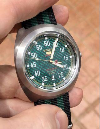 Seiko 5 Sports Men Automatic Watch SRPA89K1 Green Carbon Dial Limited Edition