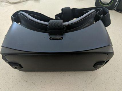 🚚 Samsung gear VR new