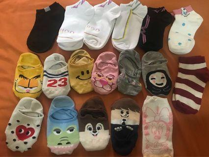 🚚 賣襪子
