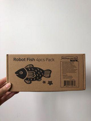 🚚 Robot Fish Toy for Cats (4pc)