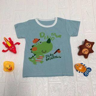 🚚 全新現貨~ 恐龍打棒球兒童T恤 男童 女童 童裝 (尺寸90)夏日輕薄透氣純棉上衣
