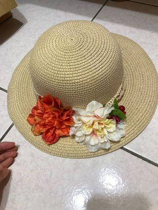 沙灘🏖️海報。花花草帽/遮陽