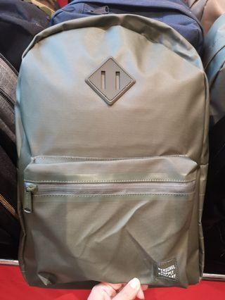 🚚 Herschel Backpack Green