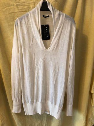 Sisley v neck sweater
