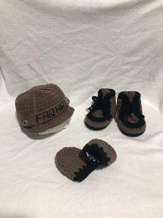Crochet Personalised Baby Hat, Shoes and Mittens Set