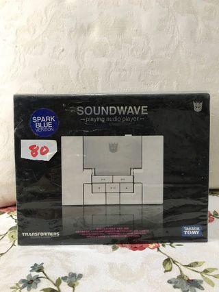 Transformers Music Label Soundwave classics scale
