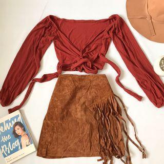 rust crop long sleeves top