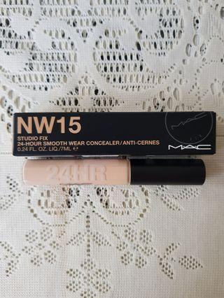 Mac Studio Fix 24Hr Smooth Wear Concealer