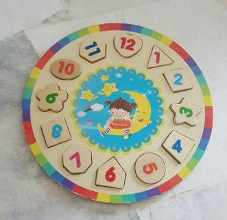 Number and shape wooden puzzle