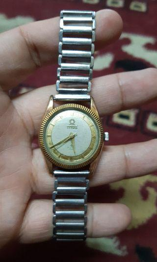 Clearance! Vintage old TITUS swiss watch