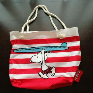BNWT Snoopy Beach Carry-On Tote Bag