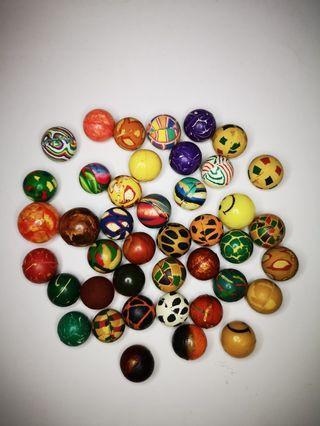 Bouncy balls collection