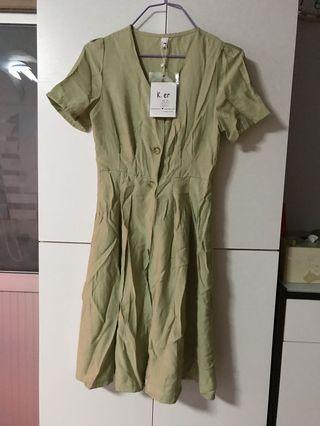 淺綠色連身裙S碼