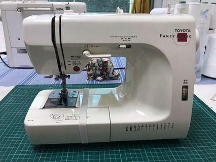 TOYOTA(FANCY MAGIC)EM450 二手裁縫機