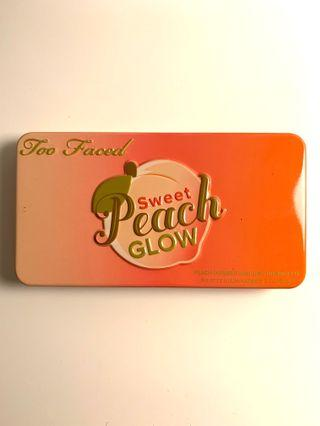 Too Faced - Sweet Peach Glow palette