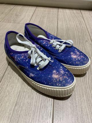 Puzzle | galaxy shoes