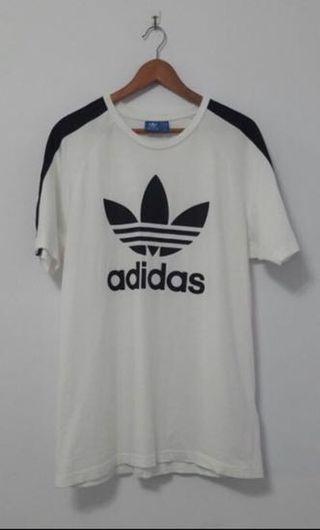 🚚 Adidas Original 黑白三線 logo 三葉草