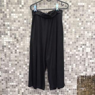 queen shop 黑色棉質荷葉邊吊帶寬褲