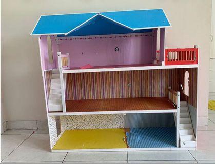 Doll house - 120x117x40cm