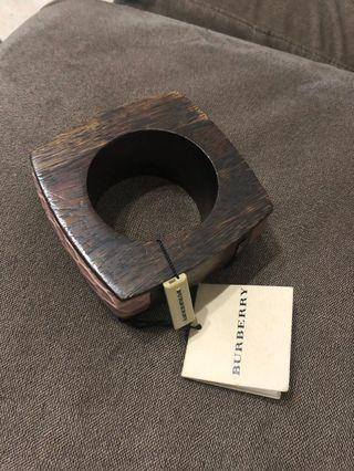BURBERRY Runway Large Wood and Croc Leather Bangle NEW!