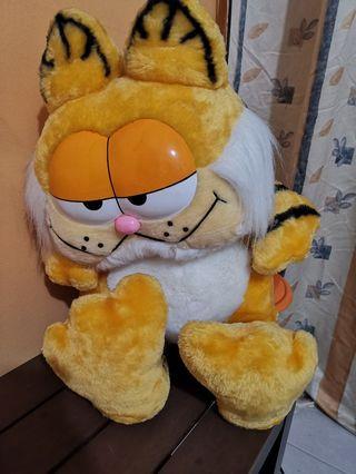 🚚 Garfield Soft Toy