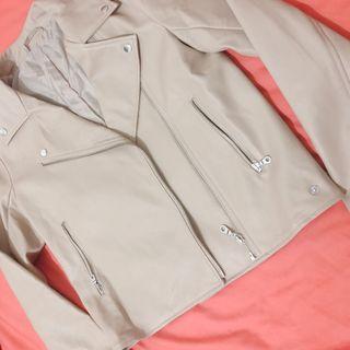 🚚 Gu 騎士外套 僅試穿9.9999新 特價到7/15