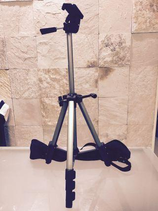 Tanner Tripod Stand - Photo n Video