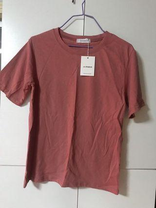 T-shirt( 蝦紅色)M碼
