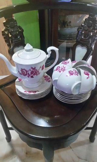Tea set vintage bunga kekwa
