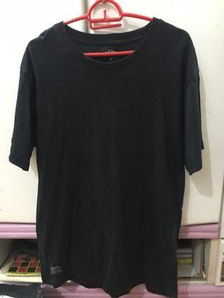 Hype clothing plain black tee