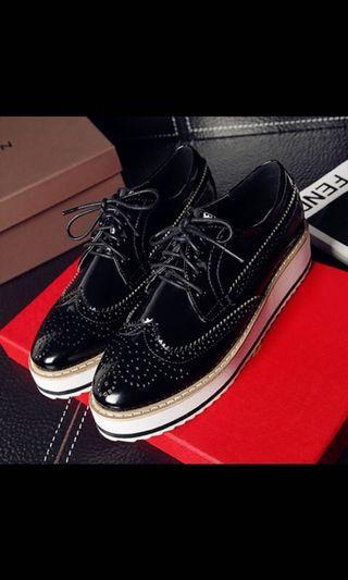 牛津尖頭厚底鞋 $200