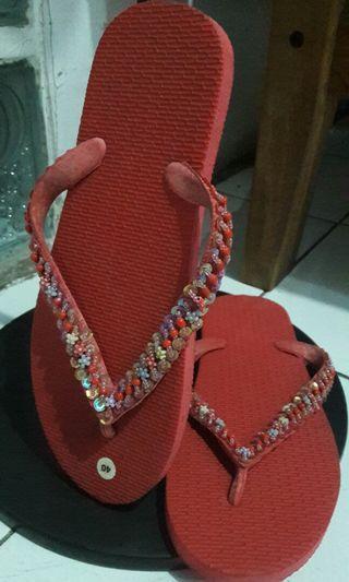 Sandal Payet merah