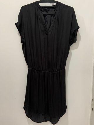 H&M - dress hitam
