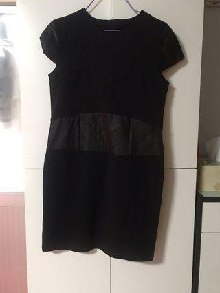 連身裙(黑色)M~L碼