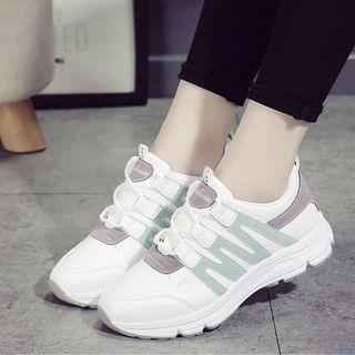Uzzlang Korean white and mint green sneakers
