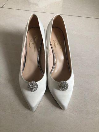 Venilla suite ❤️Bridal 白色高跟鞋