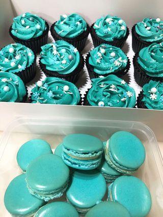 Cupcake & macaron