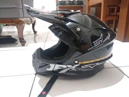 Helm jpx