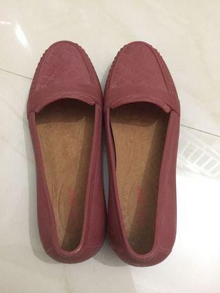 Red Flat Shoes - Sepatu merah Bara Bara