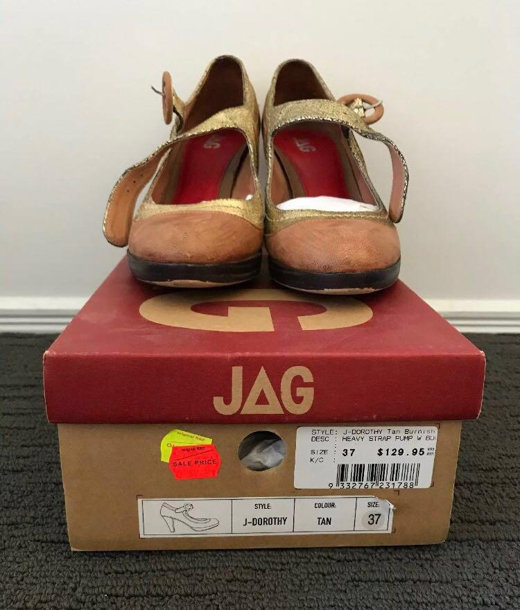 🔸 Jag Retro / Vintage Style Tan & Gold Leather Pump Heels size 37