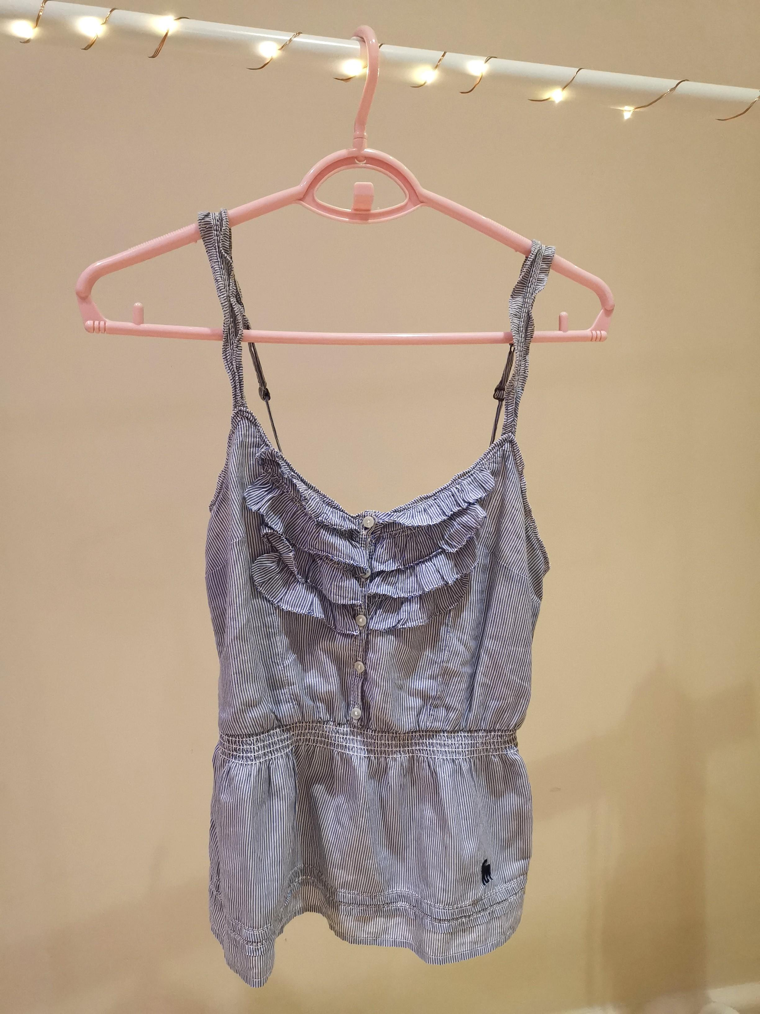 Abercrombie and Finch top