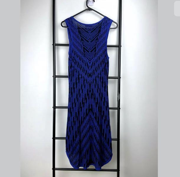 Chelsea sz M black blue knit bodycon midi dress casual stretch sleeveless