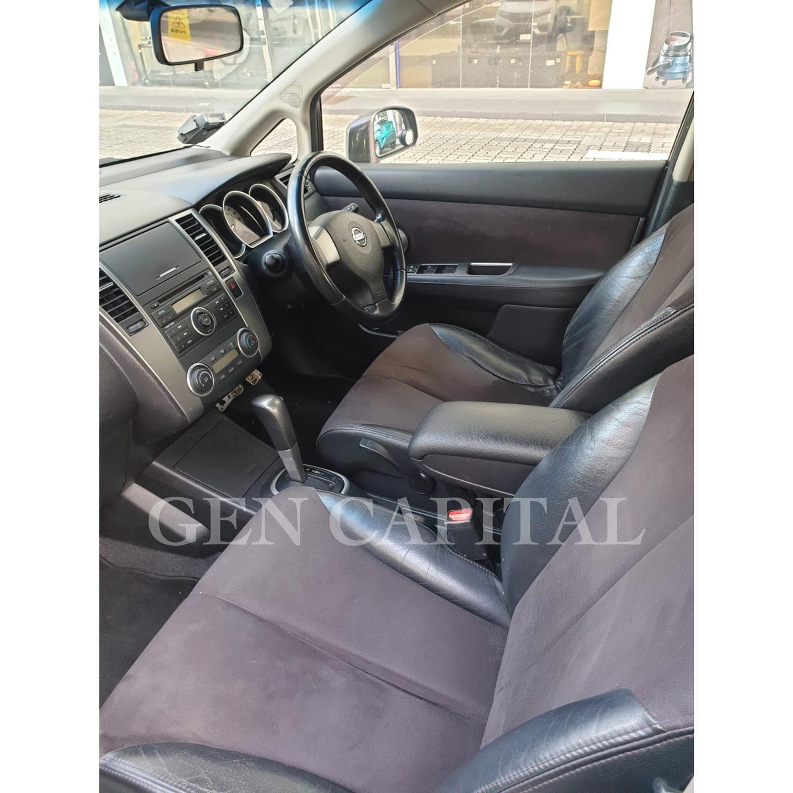 Nissan Latio 1.5A Grab Gojek Ryde Tada & Non PHV Car Rental
