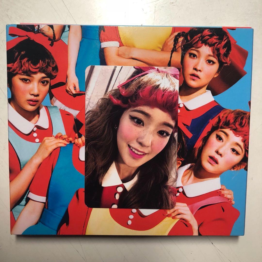 [RED VELVET] THE RED (1st FULL ALBUM) with Irene Photocard!
