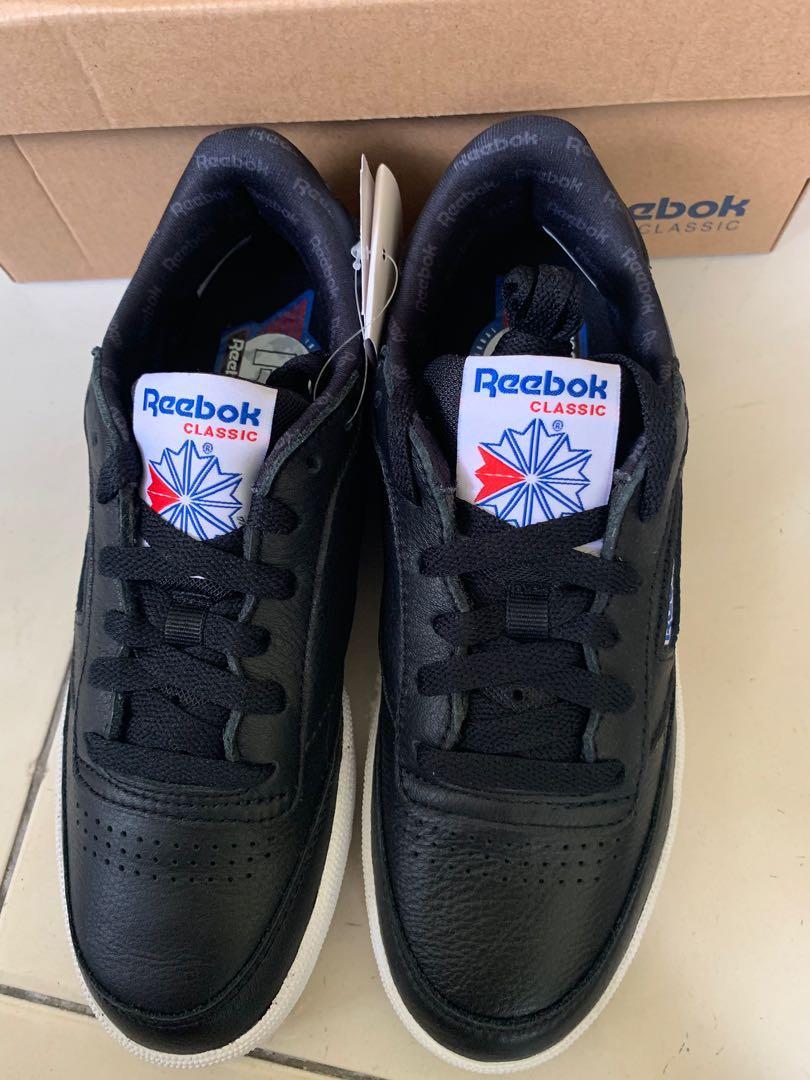 REEBOK 皮革休閒鞋 23.5 現貨出清$1000