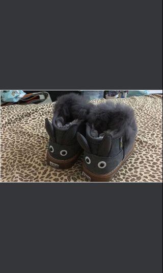 包順豐‼️bb閃燈毛毛鞋(內長14cm)