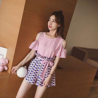 Two piece (top and shorts) casual pink and blue hearts